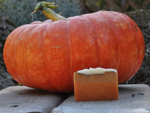 Pumkin Pie soap & Rouge Vif d'estampes pumpkin.
